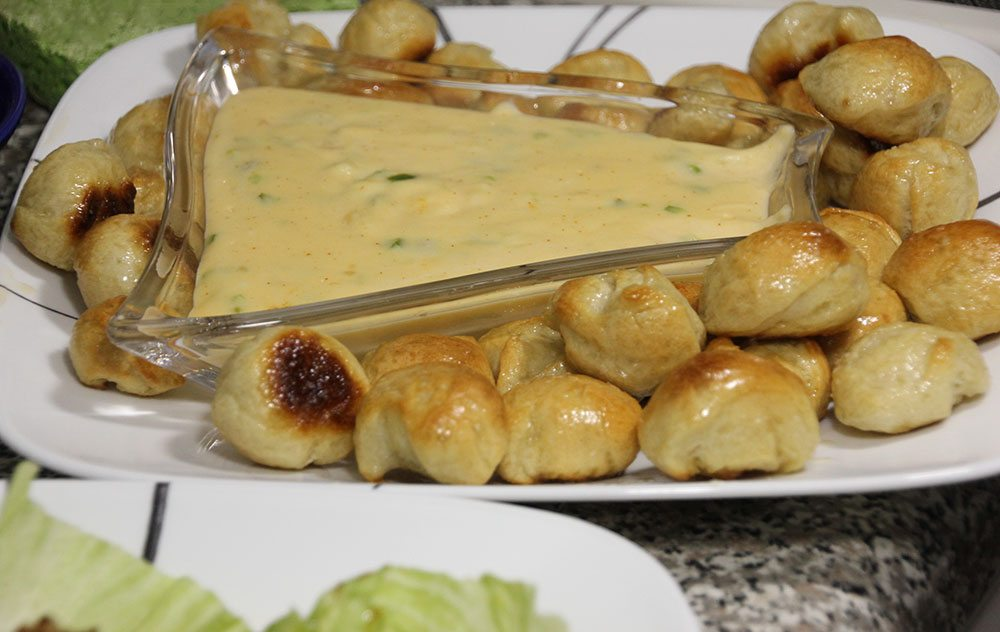 Pretzel Bites with Jalapeno Cheese Dipping Sauce