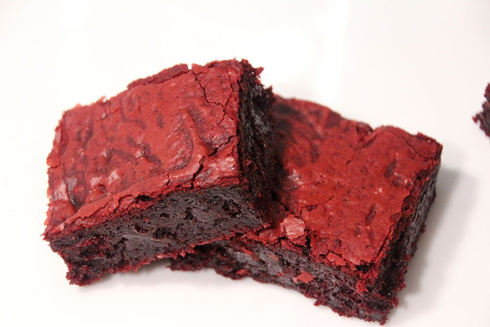 Gooey-Red-Velvet-Bars-017